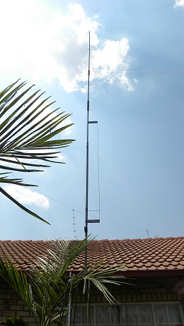 11 m Band J-Pole antenna centred at 27.500 MHz: Front view